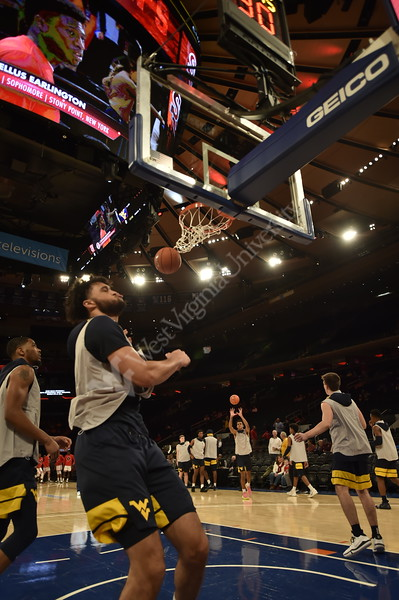 The WVU Men's Basketball team took on Saint John's at Madison Square Garden December 7, 2019. (WVU Photo/Parker Sheppard)