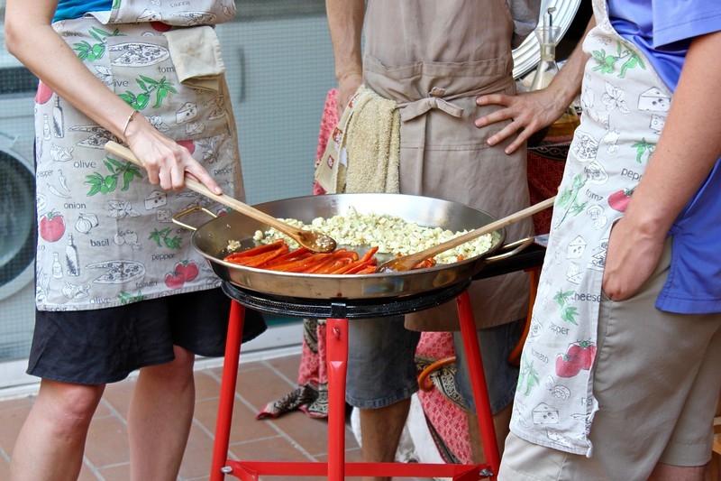 Brianne Miers making paella in Barcelona