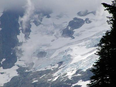Shuksan_glacier