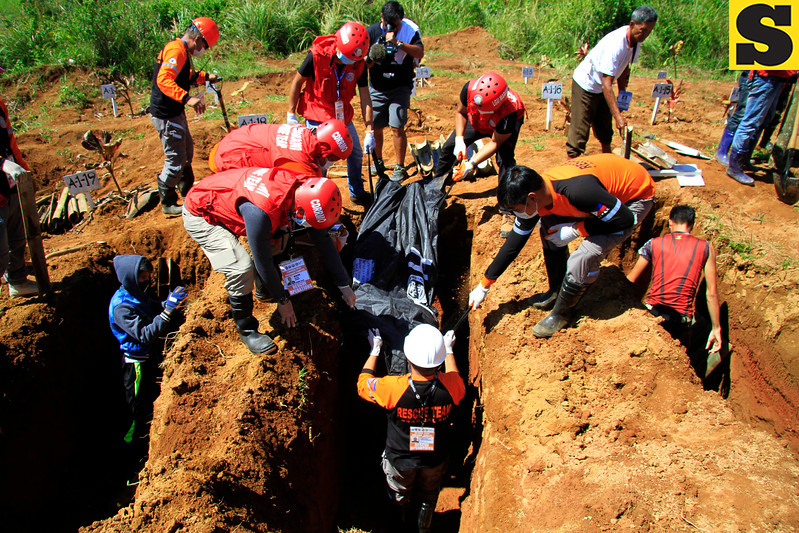 Bodies recovered from Marawi City buried