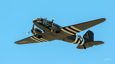 """C-47 """"Willa Dean"""""""