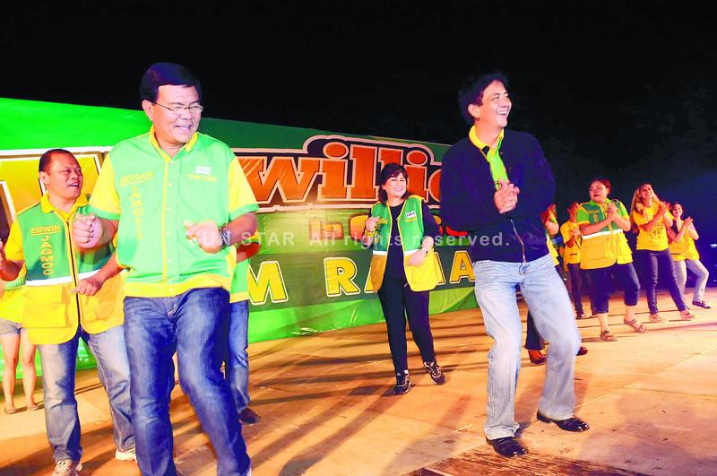 Team Rama candidates entertain Wowowillie crowd in Cebu