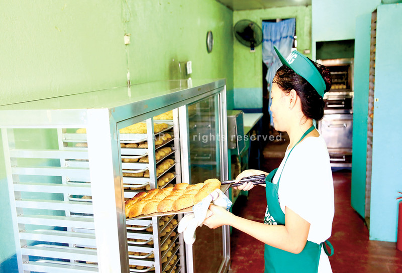 Budong malunggay pandesal bakery