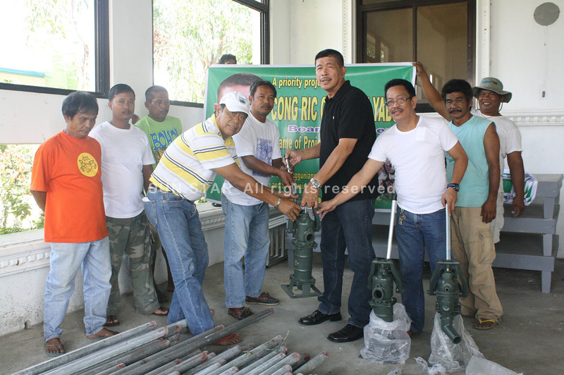 PAMPANGA. Board Member Ricardo Yabut donates wells to the 4th district towns of Candaba, Masantol, Macabebe, Minalin, Sto. Tomas and San Simon.