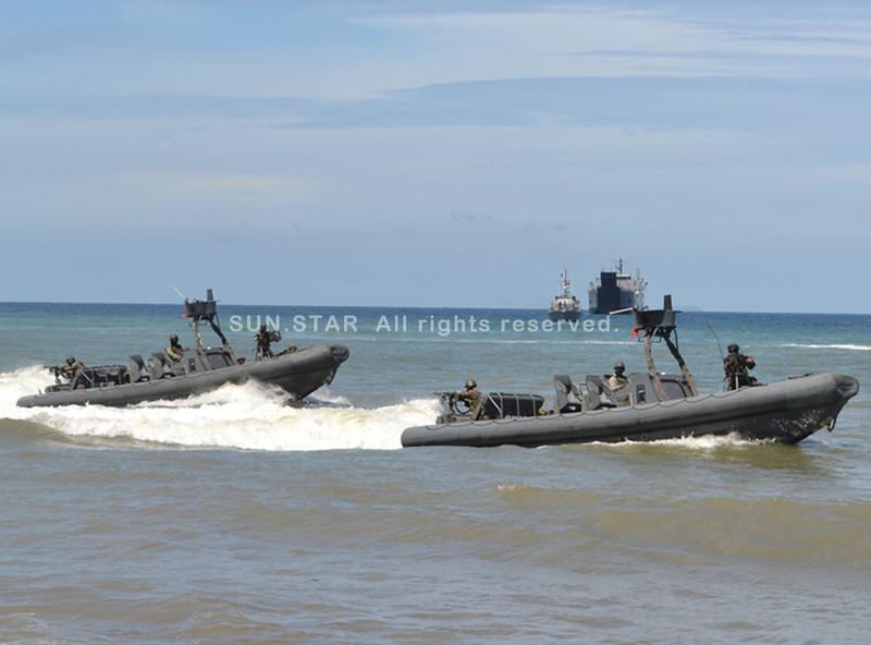 Philippine Navy patrols Zamboanga City