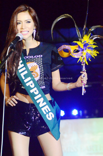 BACOLOD. Miss Earth Philippines 2013 Angelee de los Reyes during the fashion show for a cause at Bacolod Baywalk Entertainment Place Saturday night. (Archie Alipalo/Sun.Star Bacolod)