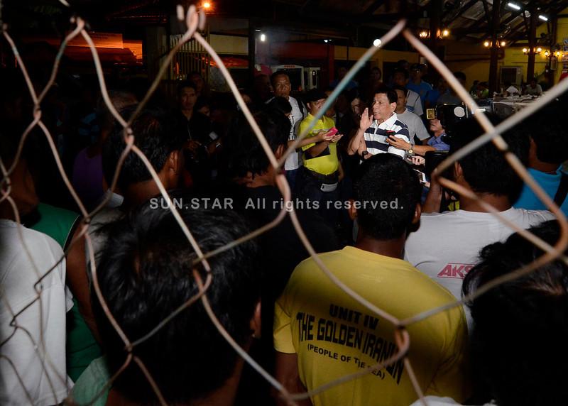 Mayor Rodrigo Duterte warns jeepney barkers