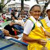 DAVAO. Duha ka senior citizens gikan sa Monkayo, Compostela Valley Province mi-posing dihang gikuhaan og hulagway ang ilang mga kauban nga raleyista samtang nangatulog didto sa Rizal Park, siyudad sa Davao. (Jeepy P. Compio)