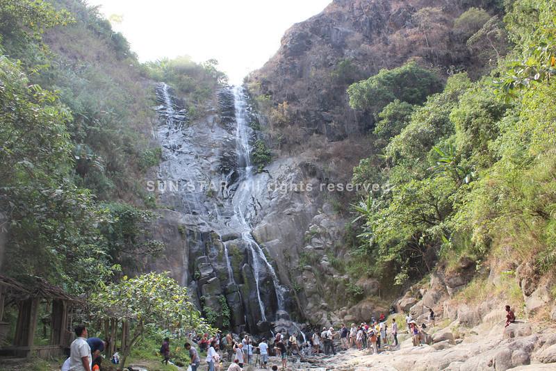 Majestic Miyamit Falls