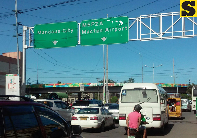 M.L. Quezon National Highway in Pusok, Lapu-Lapu City leading to the Fernan bridge