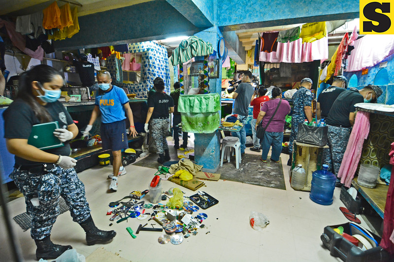TV sets and other contraband seized from the Cebu City Jail