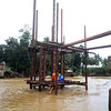 Construction of steel bridge amid bad weather