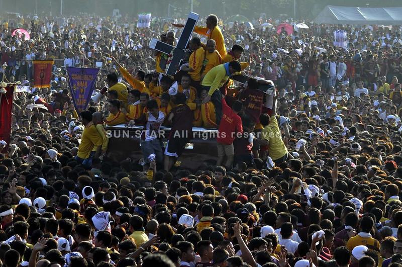 MANILA. Millions of Filipinos gather in Manila for the annual feast of the Black Nazarene at Quiapo district on Thursday. (Al Padilla/Sunnex)