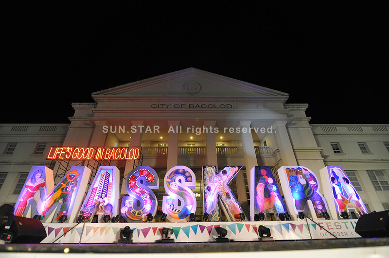 """BACOLOD. The 2012 MassKara Festival logo with the theme """"Life's good in Bacolod"""" was launched at the Bacolod Government Center Tuesday. The launching coincided with the birthday of City Mayor Evelio Leonardia. (Daryl Jimenea)"""