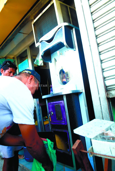 Automated tubig machines in Cebu confiscated