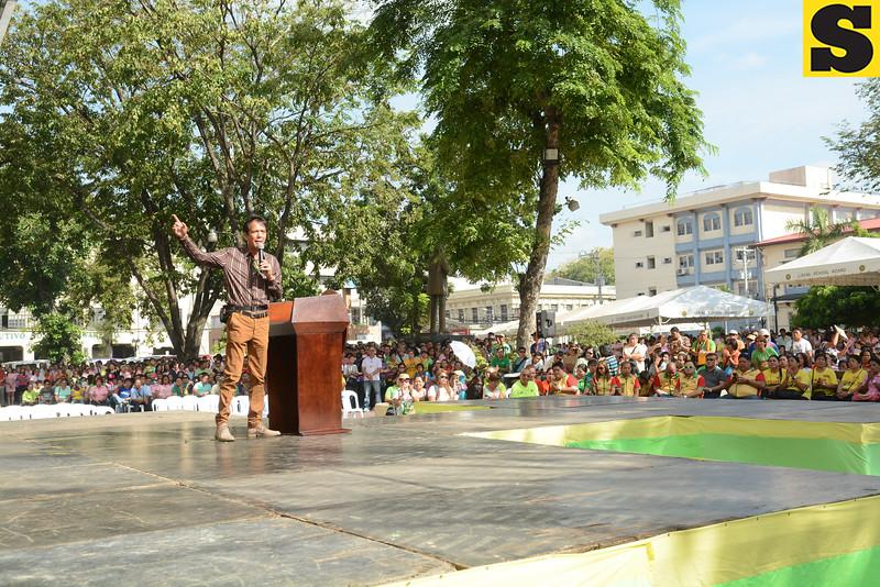 Cebu City Mayor Mike Rama talks to City Hall employees