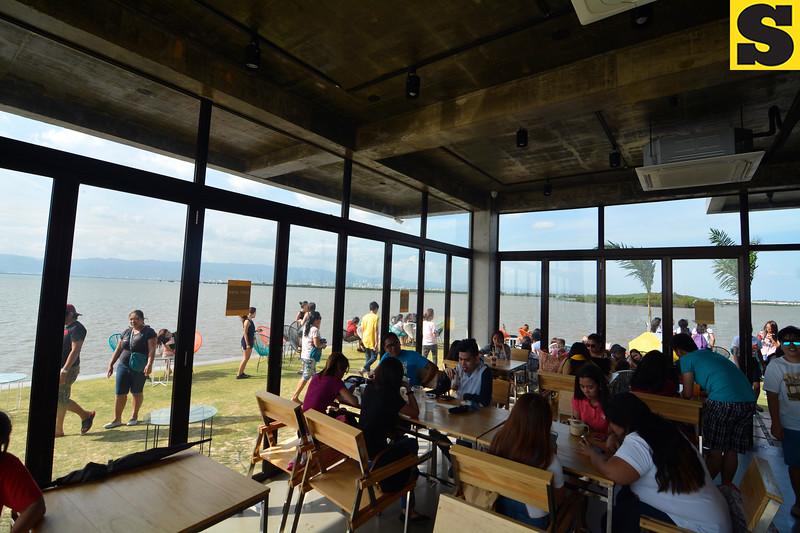 10,000 Roses Cafe in Cordova, Cebu