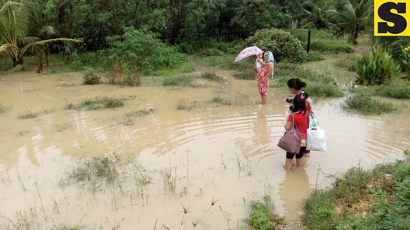 IN PHOTOS: Flooding in Consolacion, Cebu - SUNSTAR