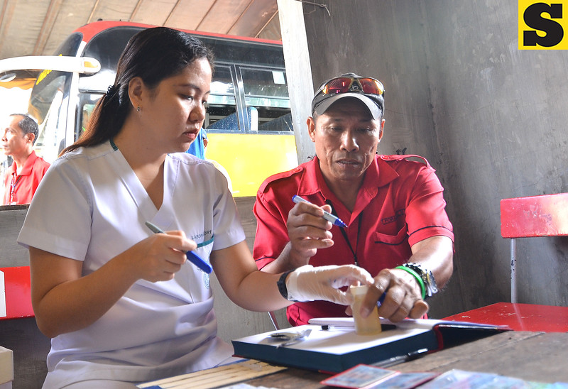 DAVAO. At least 75 bus drivers took a drug test Friday, October 28, as a protocol set by the Land Transportation Office (LTO) right before the All Saints' Day and All Souls' Day. The government agency, through this move, wishes to assure the security of the passengers. (Seth Delos Reyes)