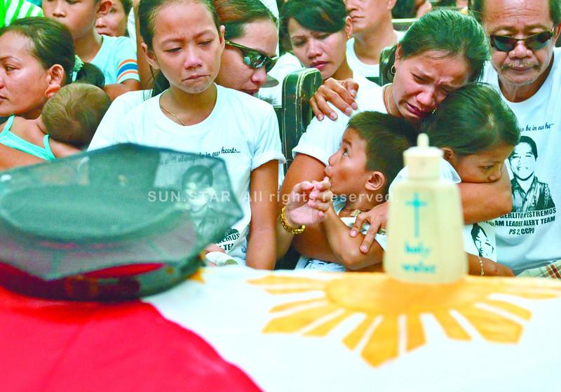 Requiem for slain Cebu policeman Gerlito Estremos