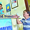 RTC Judge Mario Trinidad (right ) of Bogo City blottered the incident tant happened to him at Parian Police Station,Cebu City. Trinidad sustained a bruise in his left -below the eye after a suspect named Charlie Alburo box him near his house located D. Jakosalem St., Barangay Zapatera,Cebu City........( Sunstar-Amper Campaña    6 2 2013 )