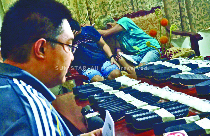 Cebu city police sieze shabu drugs hidden inside sandals