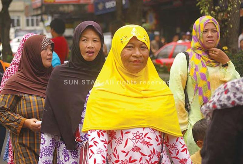 Muslim women in Baguio City