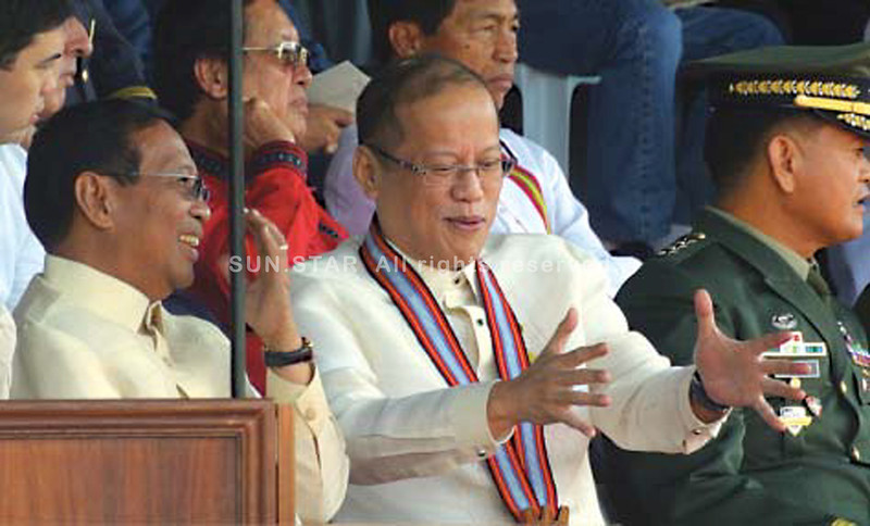Aquino-Binay at PMA graduation rites