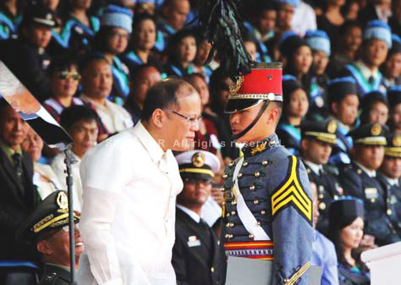 PMA Siklab Diwa's valedictorian with President Benigno Aquino