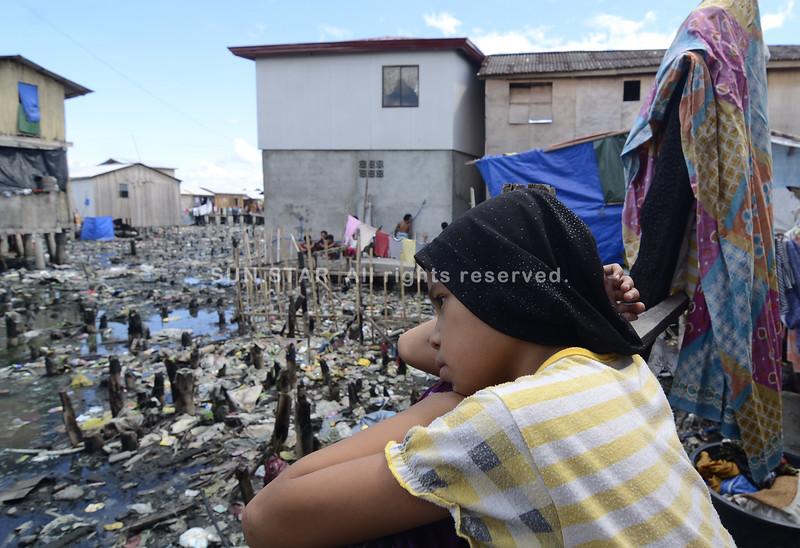 Still no decent living after Isla Verde fire