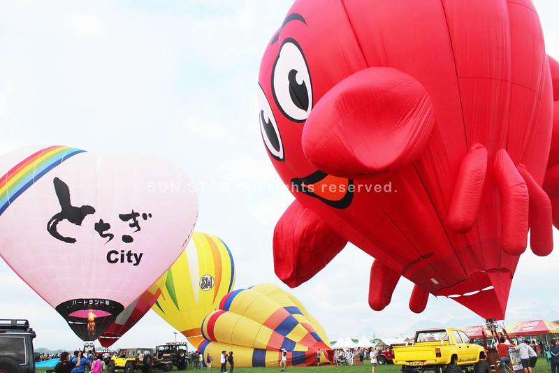 Pampanga's Hot Air Balloon Festival 2015