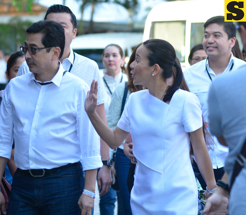 Grace Poe at UP Cebu for presidential debate