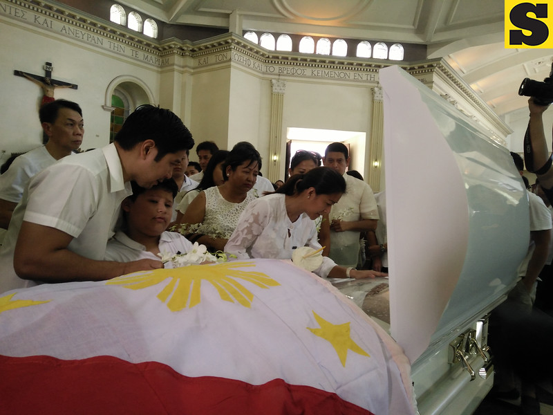 Thadeo Ouano Jr. burial
