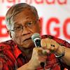 enatoriable Walden Bello speaks in a press conference in a restaurant in Cebu City