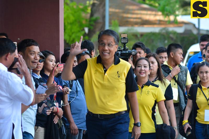 Mar Roxas at Cebu presidential debate
