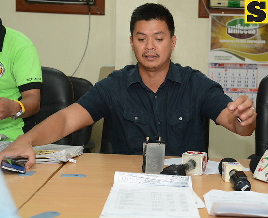 05-08-14 (date published)<br /> Photo taken-05-07-14                                                 <br /> PLAN.Acting Dumanjug Mayor Efren Guntrano Gica plans to file another case against suspended Mayor Nelson Garcia, this time over questionable projects in the town. Story, A5.<br /> (Sun.Star Foto/Allan Defensor)