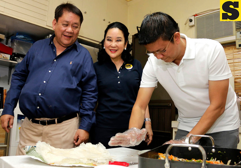 Vice presidential bet Chiz Escudero at Tomas Osmena house