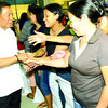 CEBU. Vice President Jejomar Binay, chairman of the Housing and Urban Development Coordinating Council, welcomes beneficiaries from Barangays Kalunasan and Busay, as he prepares to sign an agreement with their homeowners' associations and the Province. (Allan Cuizon)