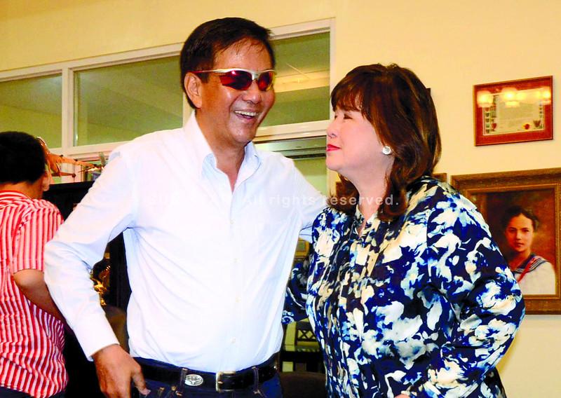 CEBU. Mayor Michael Rama convinced cousin Annabelle Rama, showbiz talent manager, to make a bid for Cebu City north district's congressional seat. (Ruel Rosello)