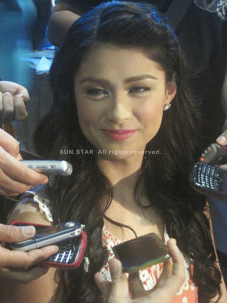 "MANILA. Carla Abellana topbills ""Makapiling Kang Muli"" on GMA-7. (Glaiza Jarloc/Sunnex)"