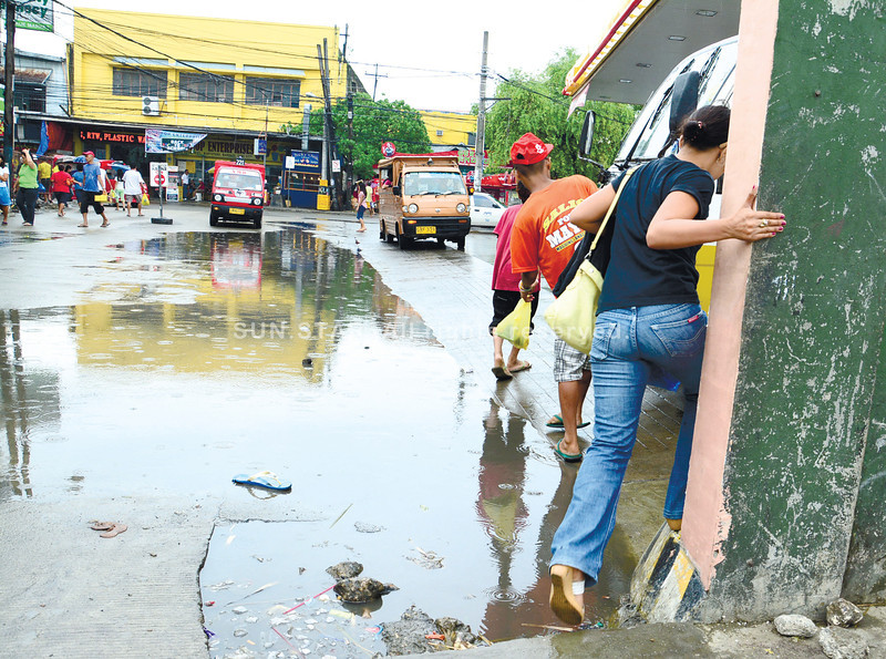 Rainy-day routines in Cebu