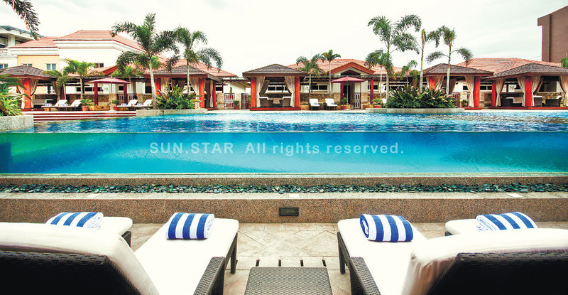 Maxims Hotel's poolside. (Sun.Star Cebu)
