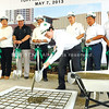 Ayala Land Inc. president and CHI chairman of the board Antonino Aquino leads guests in shoveling mixed concrete into a box during the ceremonial topping off of the Ayala Center Cebu expansion. (Photo by Arni Aclao of Sun.Star Cebu)