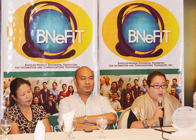 """BACOLOD. BNeFIT president Jocelle Batapa-Sigue (right) said that Bacolod's recent recognition as """"Center of Excellence"""" in IT and Business Process Management will attract more investors and generate more jobs here. (Gilbur L. Guarte)"""