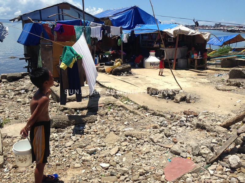 Shanties in Anibong, Tacloban City