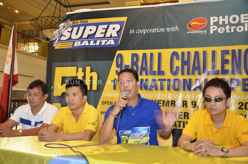 Tournament chair Charles Raymond Maxey of Sun.Star Davao entertains questions during a press conference of 5th Sun.Star Superbalita in partnership with Phoenix Petroleum 9-Ball Challenge 1st National Open at The Royal Mandaya Hotel on Thursday. (King Rodriguez)