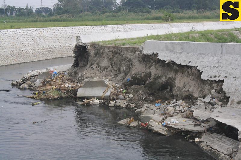 Collapsed portion of Del Carmen creek
