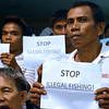 DAVAO. Fisherfolk from Barangay Lasang in Davao City air their sentiment against illegal fishing activities at Davao Gulf which they claimed have adversely affected their livelihood during the City Council's regular session Tuesday. (King Rodriguez)