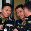 AFP-PNP officials in a huddle
