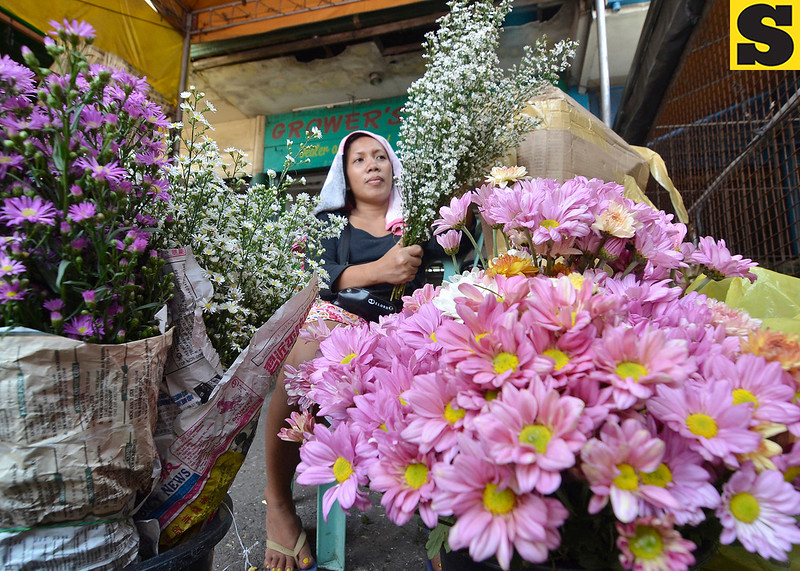 Flower vendor in Davao City